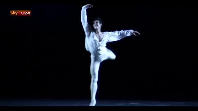 Roberto Bolle infiamma Caracalla con l39;American Ballet  Video Sky