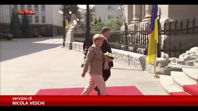 Ucraina, Angela Merkel incontra Petro Poroshenko a Kiev