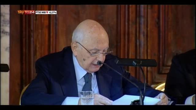 Crisi, Napolitano: impegnarsi contro la corruzione