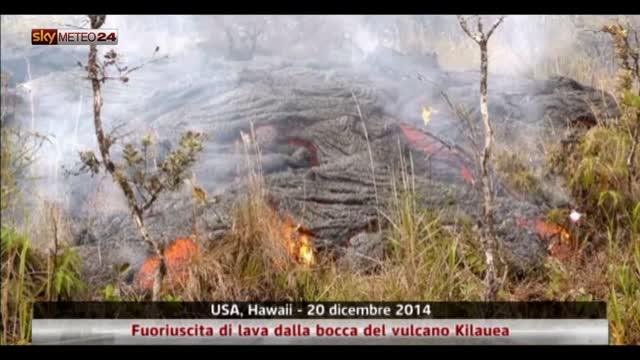 Hawaii, fuoriuscita di lava dalla bocca del vulcano Kilauea