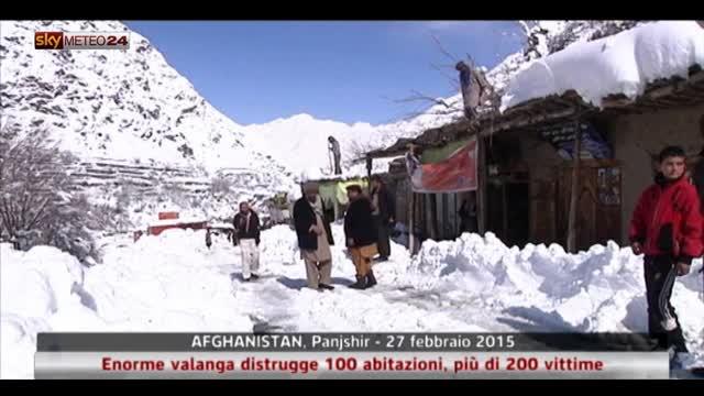 Afghanistan: valanga distrugge 100 case, più di 200 vittime
