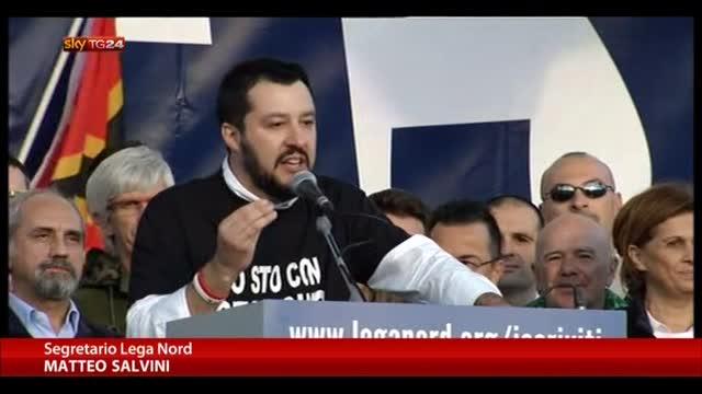 Lega a Roma, Salvini: Renzi servo sciocco di Bruxelles