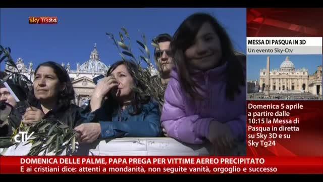 Domenica delle Palme, Papa prega per vittime aereo caduto