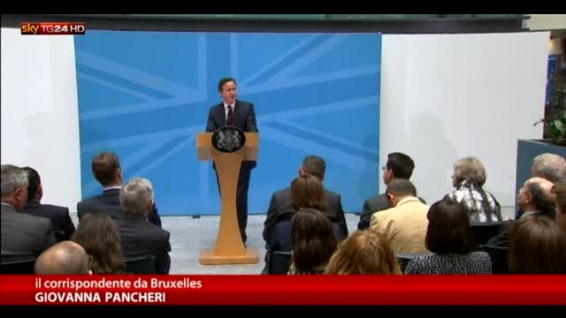 David Cameron: pronti a tagliare welfare per migranti Ue