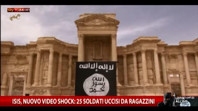 Isis, nuovo video shock: 25 soldati uccisi da ragazzini