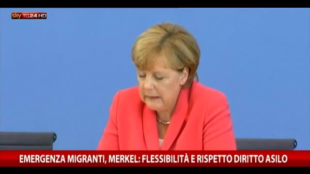 Emergenza migranti, Merkel: è una sfida enorme