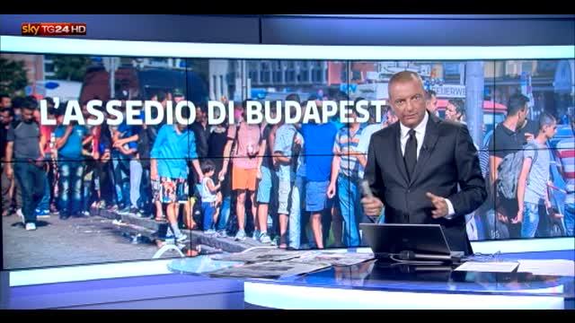 Budapest, stazione chiusa ai migranti. Orban accusa Berlino