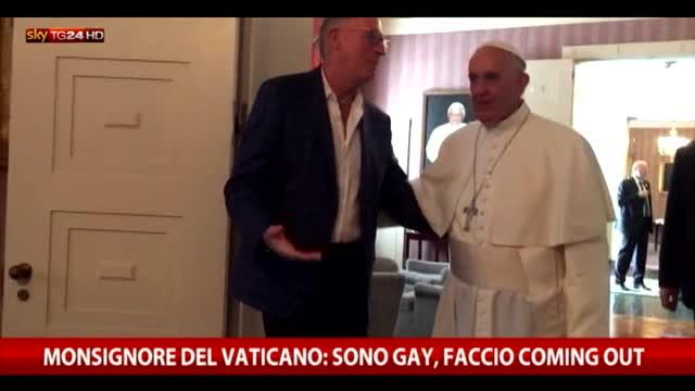 Il Vaticano scosso dal coming out di Monsignor Charasma