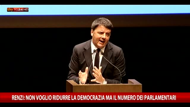 Renzi: non voglio ridurre democrazia ma numero parlamentari