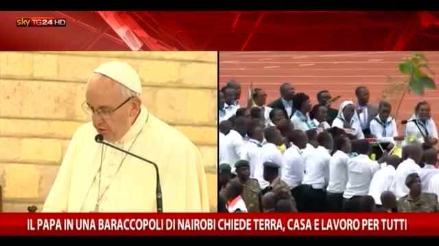 """Il Papa nella bidonville: """"Qui mi sento a casa"""""""