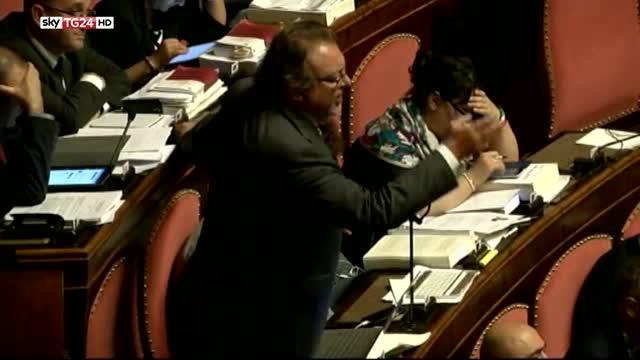Senato boccia l'immunità per il senatore M5S Giarrusso