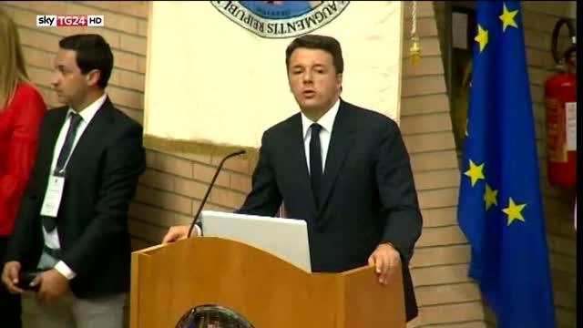 Renzi: dolore e sdegno per l'attentato in Francia