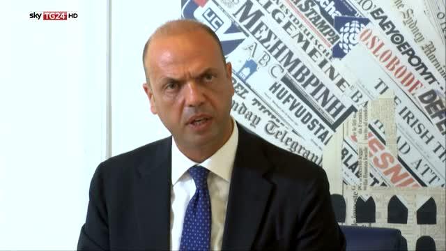 Allerta terrorismo, Alfano annuncia due espulsioni