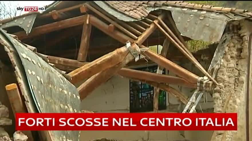 Terremoto tra Marche e Umbria, migliaia di sfollati