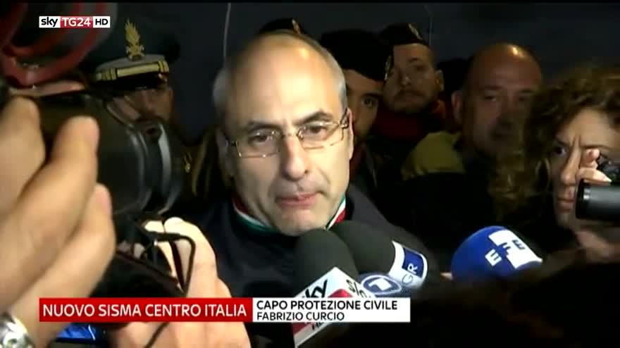 """Nuovo sisma, Curcio: """"Sarà una notte difficile"""""""