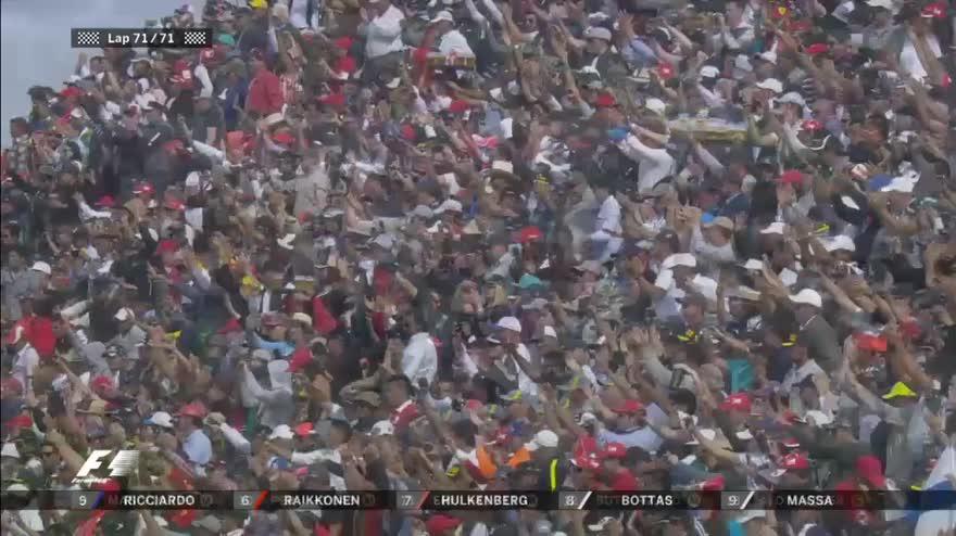 GP Messico, ultimo giro: vince Hamilton davanti a Rosberg