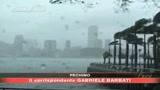 Hong Kong sconvolta dal tifone