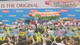 Usa, 64 hot dog in 11 minuti