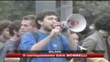 22/10/2008 - Scuola, gli scontri di Milano non fermano gli studenti