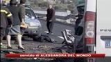 10/11/2008 - Schianto sulla Basentana, gravi le condizioni dei 3 feriti