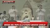 Il Papa in Camerun: religione vera rifiuta la violenza