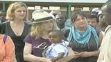 27/03/2009 - Madonna in Malawi per un'altra adozione