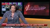 20/04/2009 - Spunta paparazzo, Madonna cade da cavallo