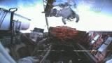 Atlantis, terza passeggiata spaziale per gli astronauti
