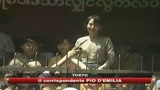 Aung San Suu Kyi resta in carcere