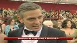 George Clooney: mio incubo le carezze da un uomo