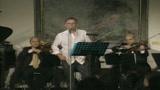 Vecchioni, canta e incanta