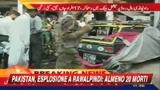 Pakistan, esplosione a Rawalpindi: almeno 15 morti