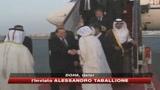 23/11/2009 - berlusconi_in_qatar_si_schiera_con_il_tesoro