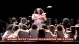 scala_applausi_per_carmen_fischi_alla_regia