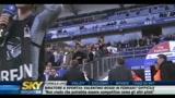 Amburgo, Guerrero aggredisce un tifoso
