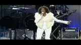 Whitney Houston di nuovo in concerto dopo il ricovero