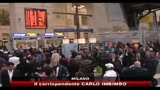 Caos voli, ancora lunghe file alla stazione di Milano