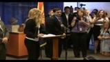 30/04/2010 - Phoenix, Shakira contro legge anti-immigrazione in Arizona