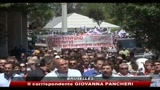 04/05/2010 - Grecia, dipendenti pubblici scioperano contro piano anti-crisi