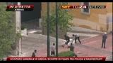 05/05/2010 - 3- Atene: scontri polizia-manifestanti