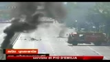 14/05/2010 - Thailandia, due morti negli scontri a Bangkok