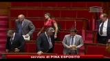 14/07/2010 - Il Parlamento francese dice no al burqa in pubblico