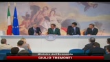 Referendum acqua, Tremonti,  falso ideologico