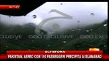 28/07/2010 - Pakistan, aereo precipitato con 152 passeggeri