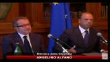 15/08/2010 - Alfano: Governo con chi ha perso elezioni  contro costituzione