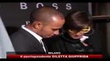 Milano, il pilota Lewis Hamilton Dj per un giorno