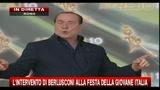 1- Berlusconi: Giorgia, tu abbracci i ragazzi, io le ragazze
