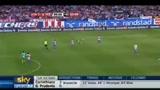 20/09/2010 - Liga, Atletico Madrid-Barcellona, Il fallaccio di Ujfalusi su Messi
