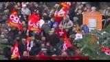Francia in piazza contro riforma pensioni, è guerra di cifre