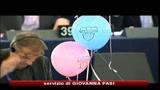 21/10/2010 - Europarlamento, congedo obbligatorio maternità sale a 5 mesi